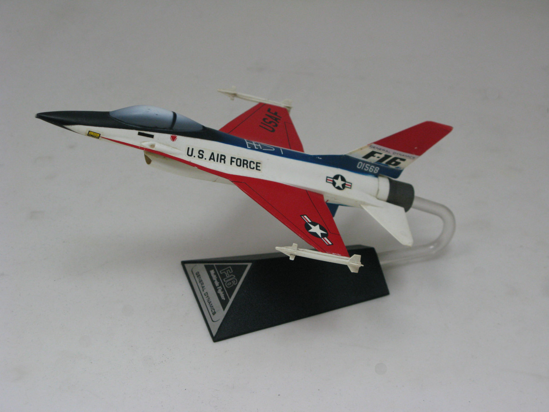 Model of F-16