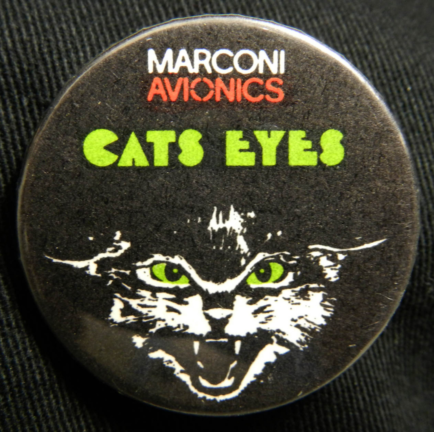 Cats Eyes™ Badge