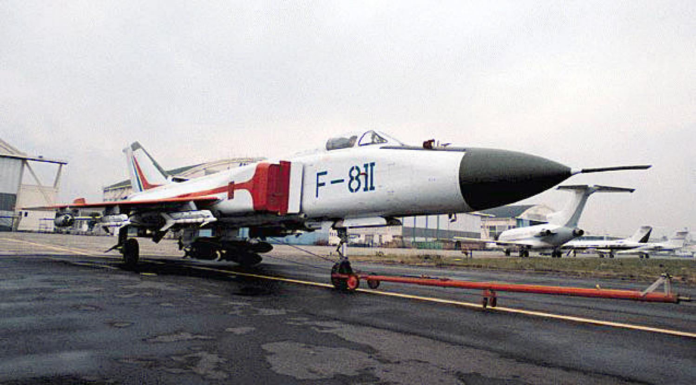 F-8IIM